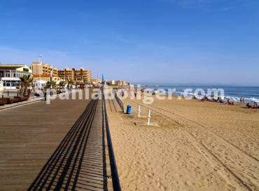 Apartment - Resale - La Mata - Center
