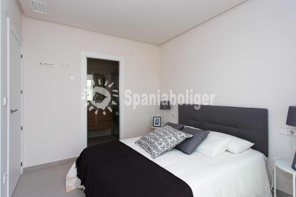 New Build - Semi-detached house - Torrevieja - Aguas Nuevas
